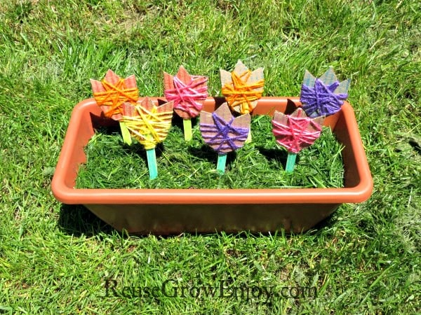 Kids DIY Craft Cardboard Flowers