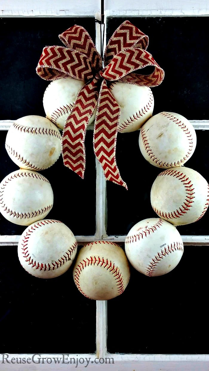 Diy Baseball Wreath Upcycled From Old Balls Reuse Grow