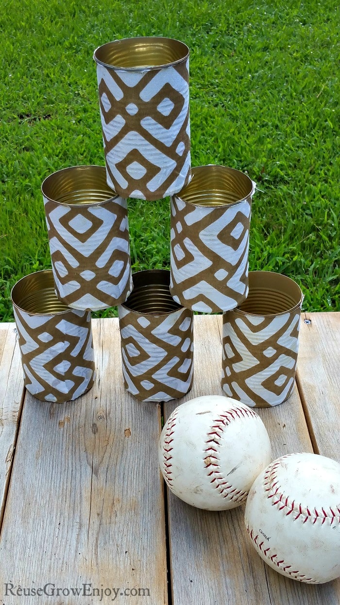 Do you recycle your cans after you are done with them? We do, or we find other ways to use them too! Check out this easy DIY can toss with upcycled cans! Such a fun and easy to make summer and fall game!