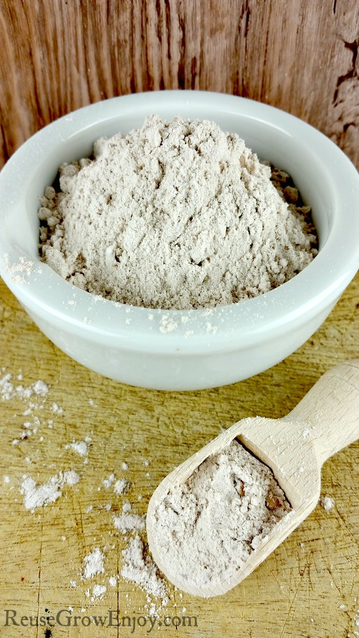 Bentonite Clay is considered a healing clay and healing clays have fallen out of popularity over recent years. I am going to show you 7 benefits of Bentonite Clay!