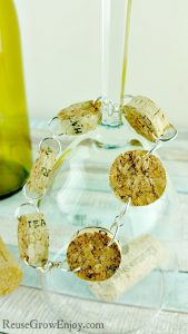 DIY Bracelet Made From Upcycled Wine Corks