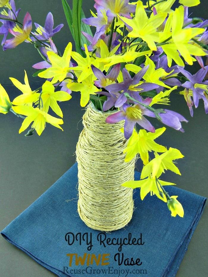 DIY Recycled Twine Vase
