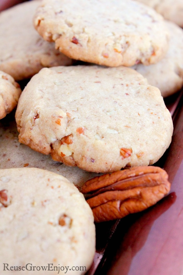 If you like to make homemade cookies, I have an amazing recipe for you to try. It is a recipe for homemade butter pecan cookies.