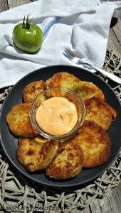 Low Carb Fried Green Tomatoes With Spicy Dipping Sauce