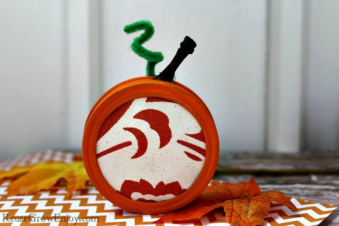 Mason Jar Lid Pumpkin Craft