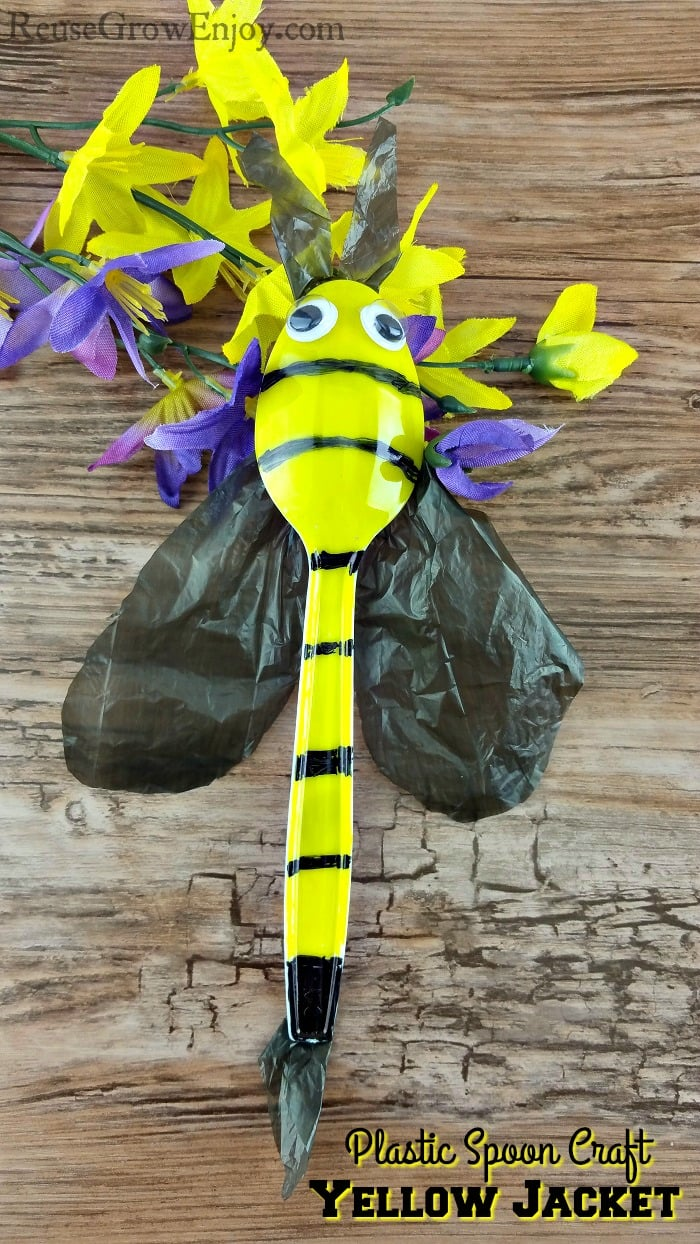 Plastic Spoon Craft Yellow Jacket