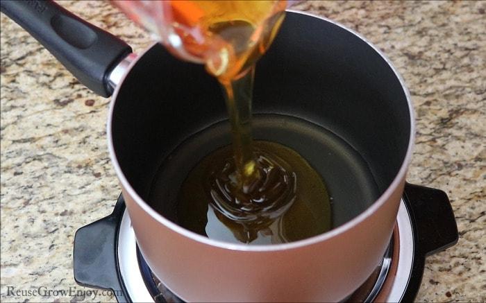 Pour Honey