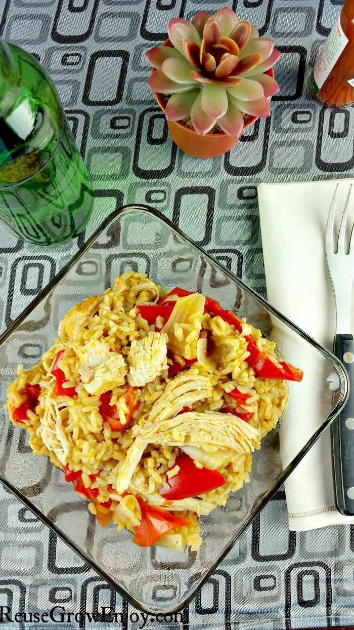 If you are looking for ways to use your Instant Pot, this is a super easy recipe! You cam make this yummy and healthy Instant Pot Chicken Fajita Rice Bowl!